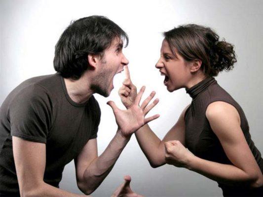 Как быстро рассорить двух людей
